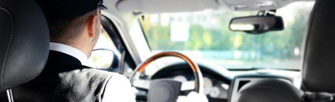 Chauffeur vous attend et vous conduit jusqu'à votre adresse de séjour aux Pays-Bas